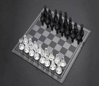 Šachy sklo