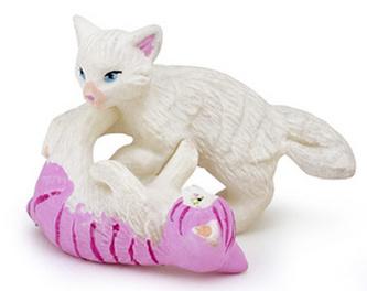 Koťata hrající si
