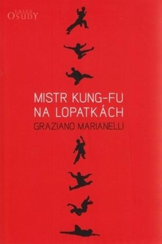 Mistr kung-fu na lopatkách