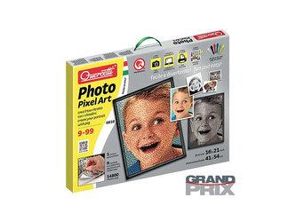Pixel Photo 9 - Vytvořte si portrét pomocí kolíčků
