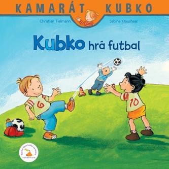 Kubko hrá futbal