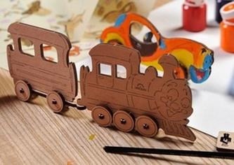 umbrellaline 2010 s.r.o. - 3D dřevěný model Lokomotiva