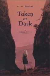 Taken at Dusk. Shadow Falls Camp - Entführt in der Dämmerung, englische Ausgabe