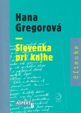 Slovenka pri knihe
