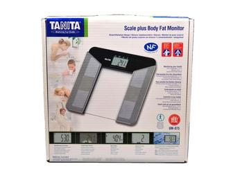 Tanita UM-075 elektronická osobní váha